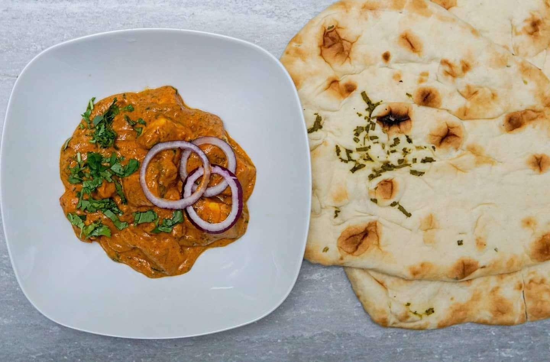 Paneer Makhani with Naan Bread